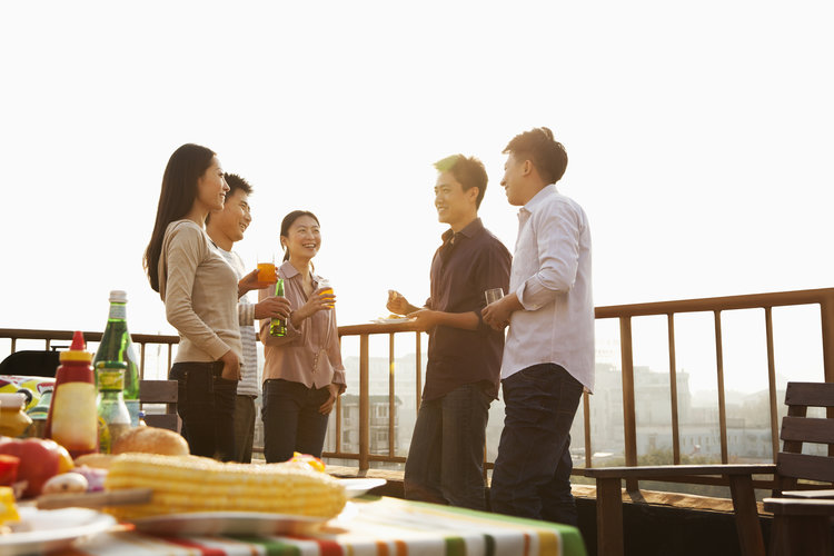 10 Tips for Growing Your Professional Circle Without Networking Meetings
