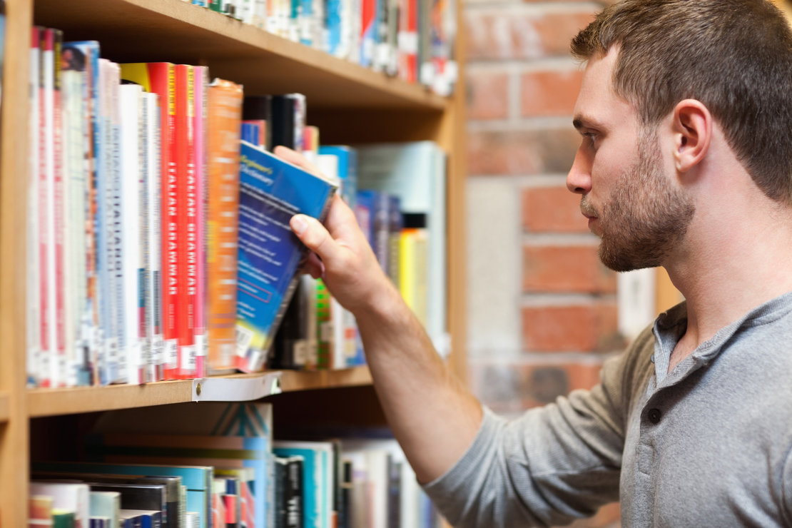 30 Books You Must Read Before And As An Entrepreneur - StartUp Mindset