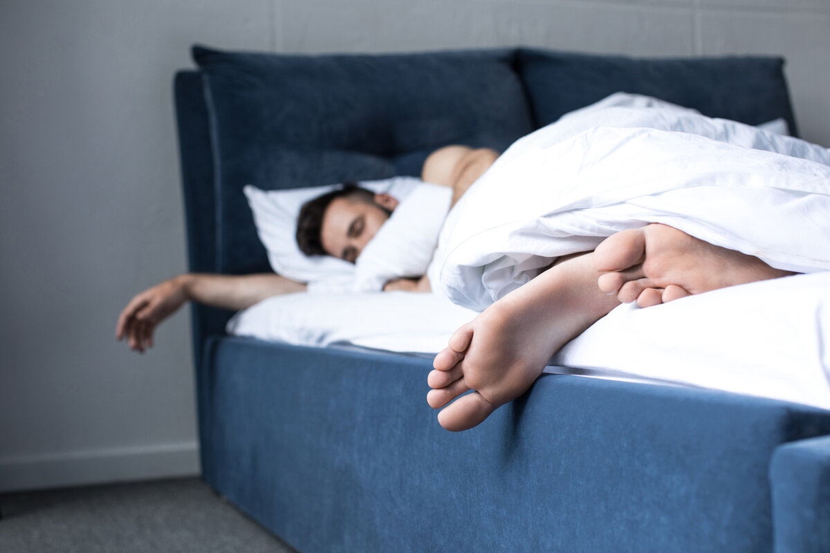 Why Good Sleeping Habits Help Your Business – StartUp Mindset